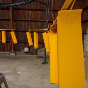 peinture petite serie en jaune
